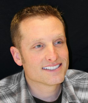 Bellevue Cosmetic Dentists Create Beautiful Smiles for Men