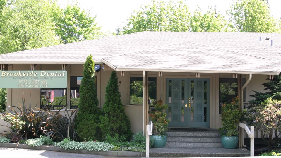 The Outside of Brookside Dental located in Bellevue, WA